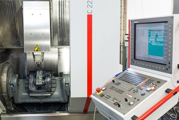 CNC-Fraesmaschine